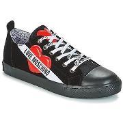 Sneakers Love Moschino  YUTMARU